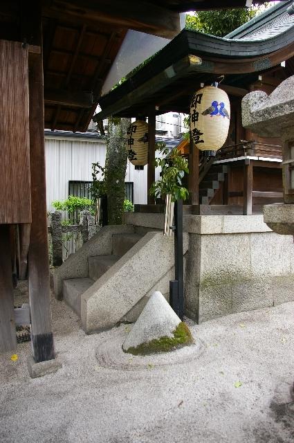 京都七野へ行ってきました-4/わら天神近くの八幡宮