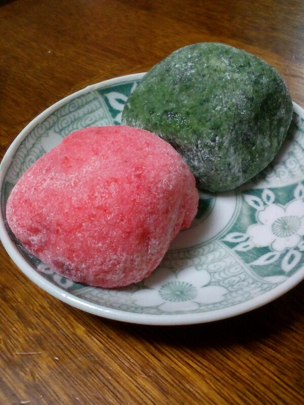 【大和郡山】草餅&海老餅の魔物大福