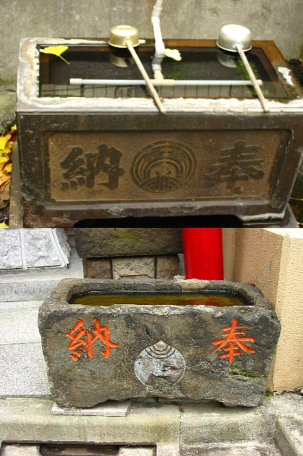 東京路地<5>これ、石桶ちゅーうんやろか?